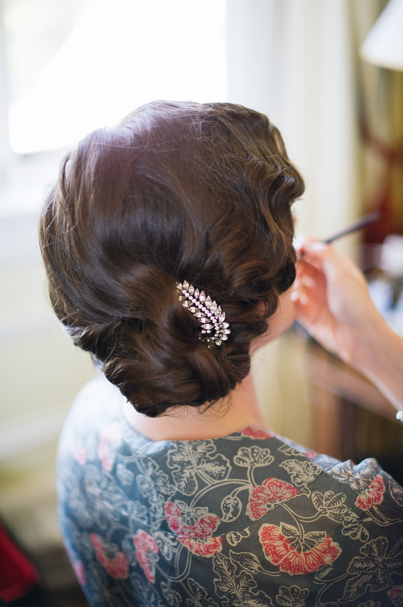 See It, Do It: Glammy Finger Waves | A Practical Wedding