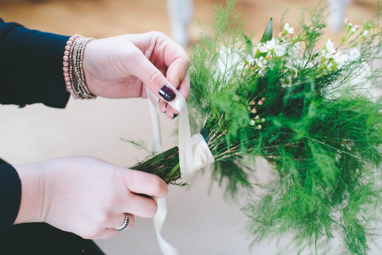 How To: DIY an Affordable Fall Wedding Bouquet Recipe