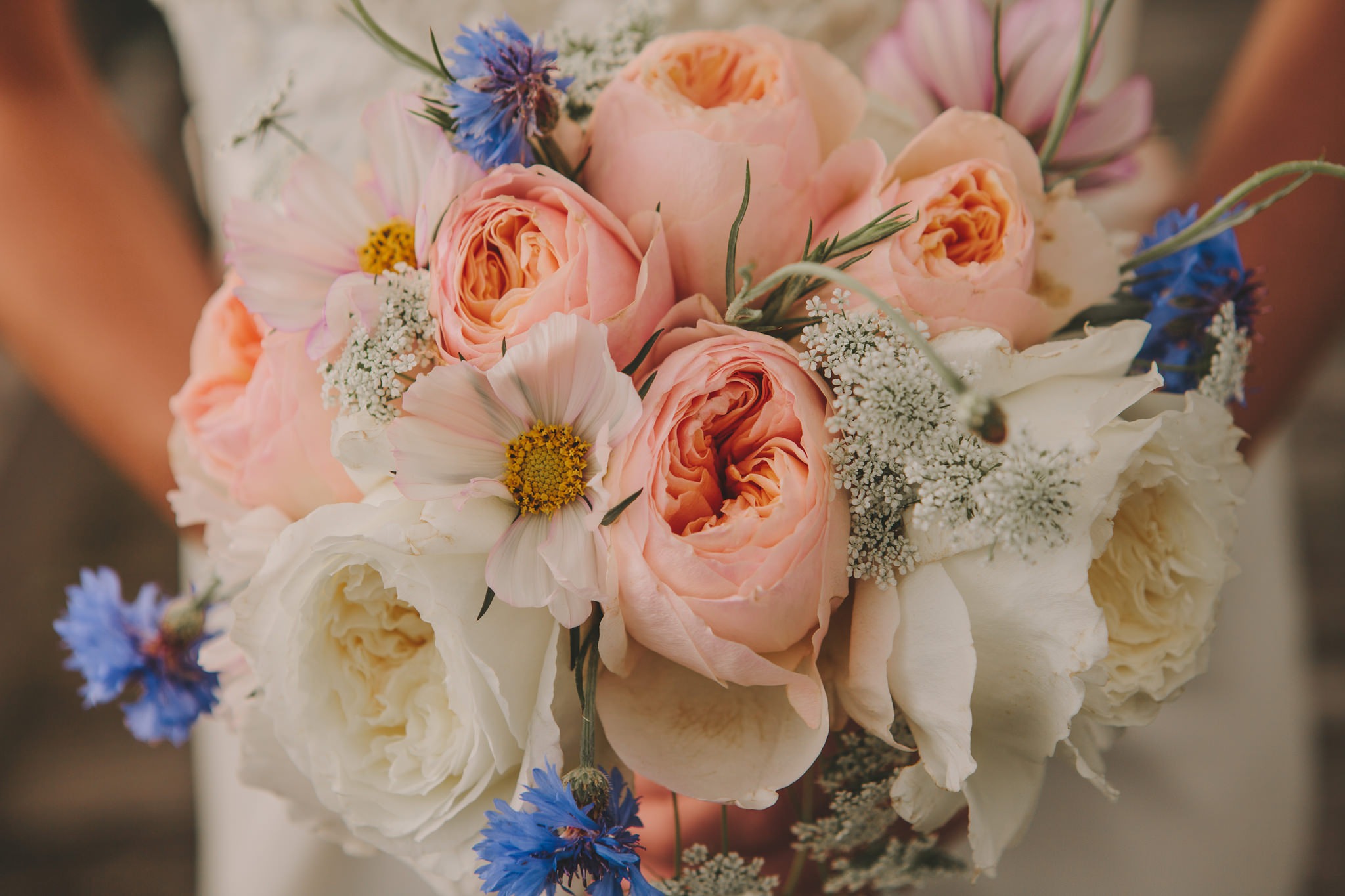 diy wedding bouquet basics from start to finish a practical diy wedding bouquet basics from start to finish a practical wedding we re your wedding planner wedding ideas for brides bridesmaids grooms