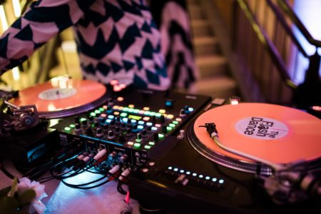 75 Of The Best Wedding Dance Songs To Pack The Dance Floor Apw