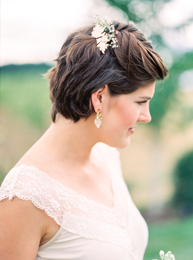 short hair half up half down bridesmaid hairstyle
