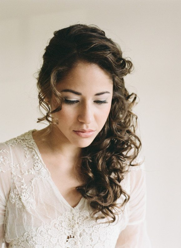 curly hairstyle for wedding