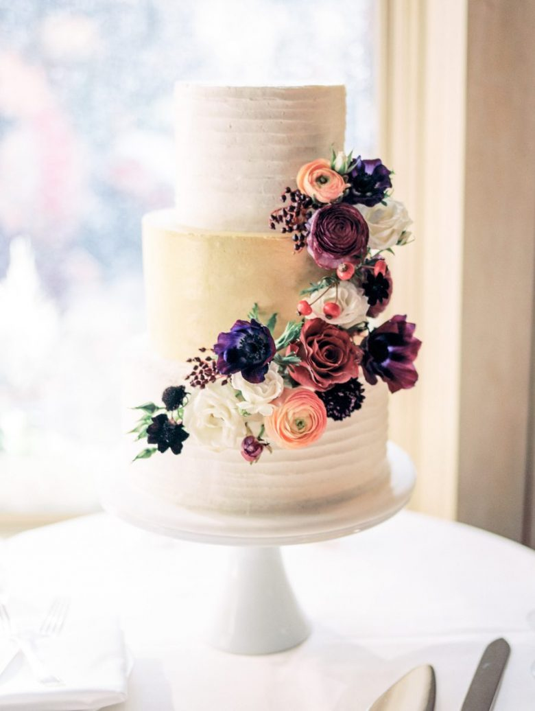 floral and metallic wedding cake