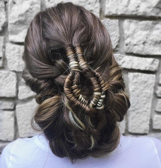 Wedding hairstyle inspired by Game of thrones