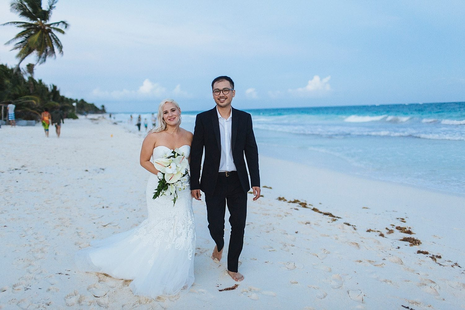 ea6795b938f How To Plan The Perfect Beach Wedding