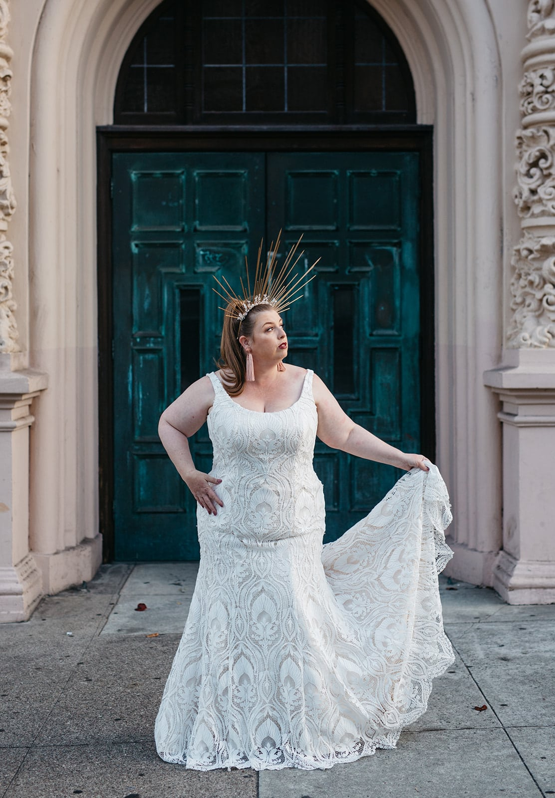 33 Gorgeous Plus Size Wedding Dresses For Every Style And Budget