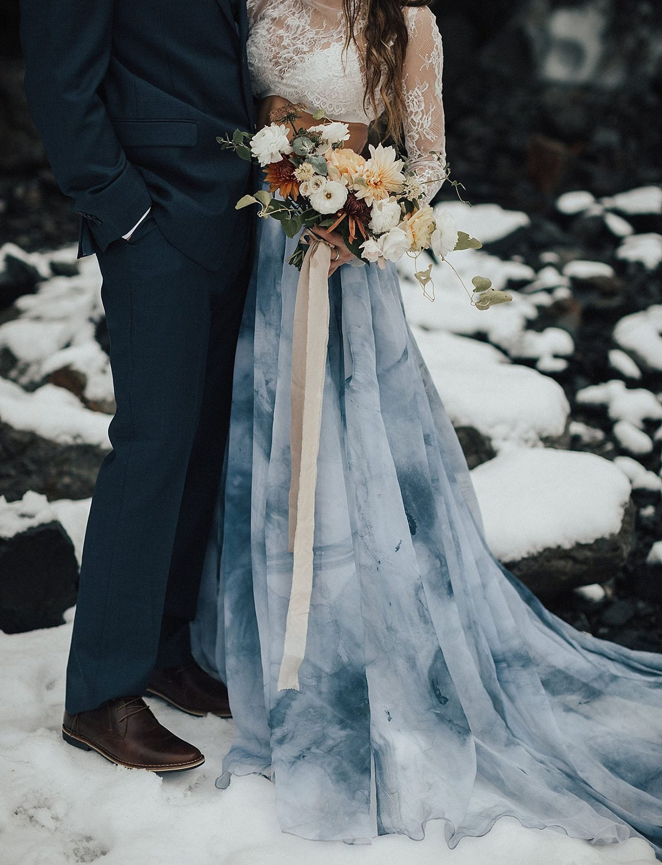 Winter Wonderland Christmas Wedding Ideas.30 Winter Wedding Ideas That Are Gorgeousaf A Practical